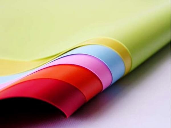 каталог цвета фактуры материалы натяжные потолки фото